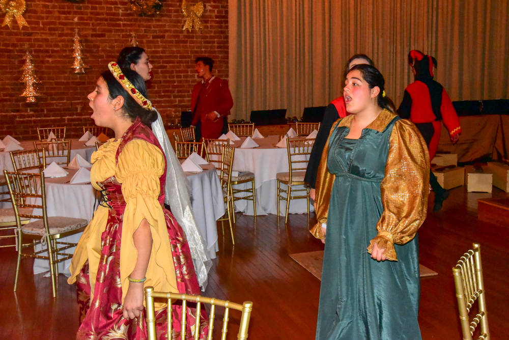 Madrigal_Rehearsal 316