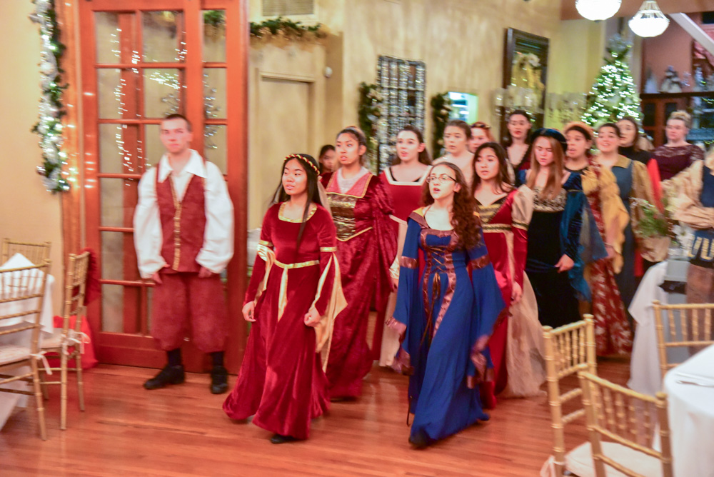 Madrigal_Rehearsal 321