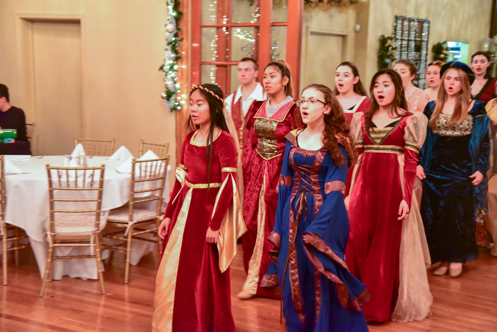 Madrigal_Rehearsal 322