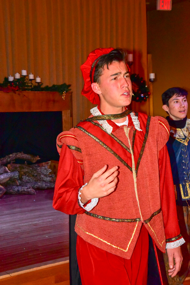 Madrigal_Rehearsal 384