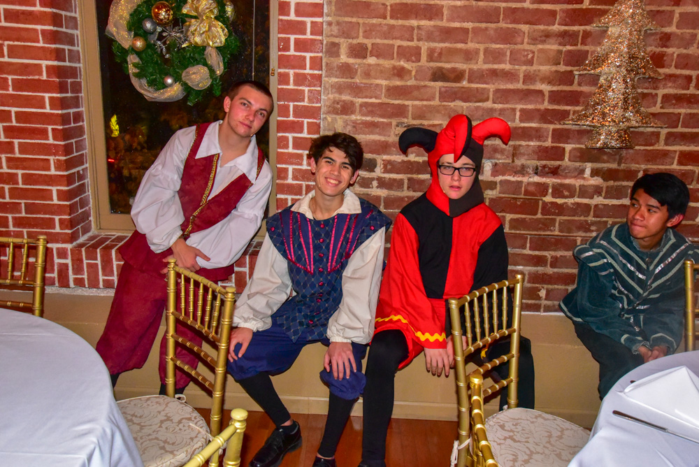 Madrigal_Rehearsal 394