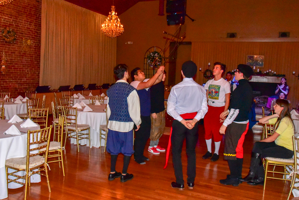 Madrigal_Rehearsal 474